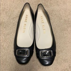 Anne Klein black flats with buckle size 6.5